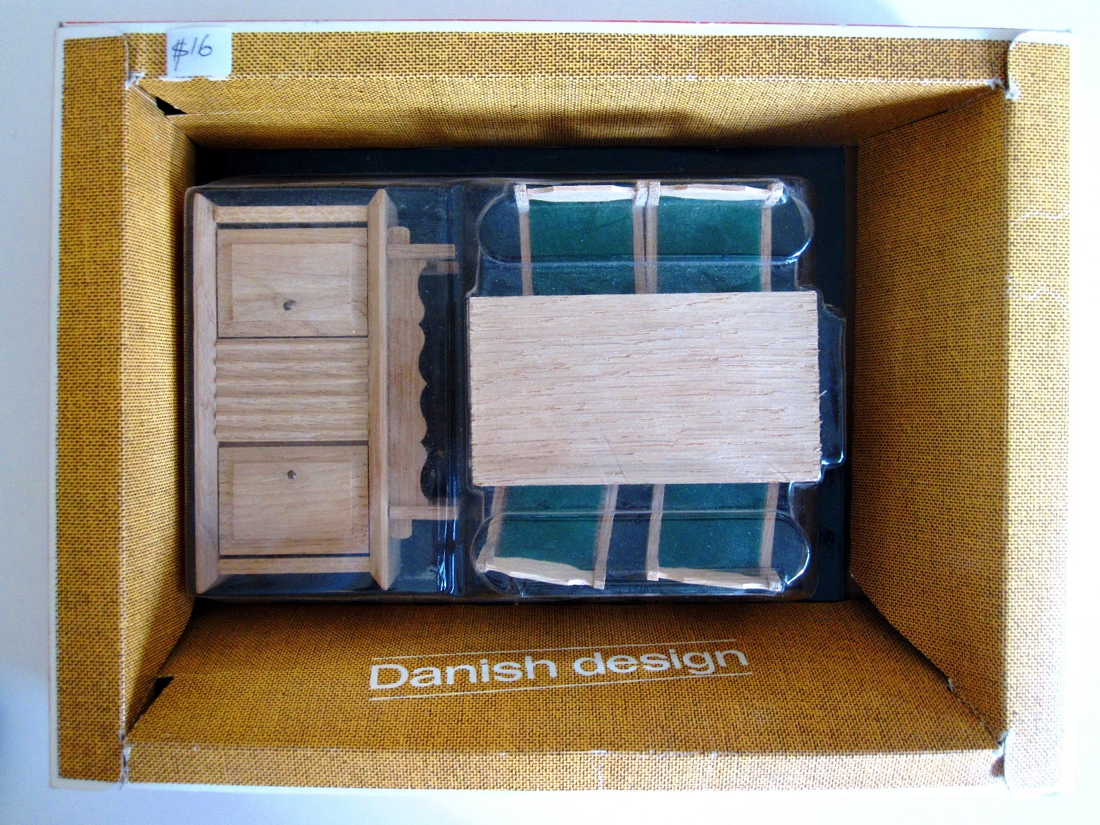 Hanse vintage dolls' house dining room in original packaging,