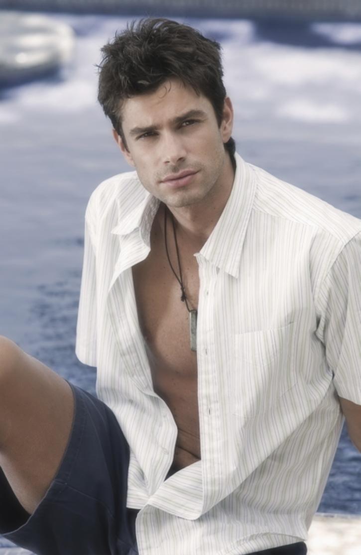 Hairy handsome man from Argentina Mariano Mazzini.