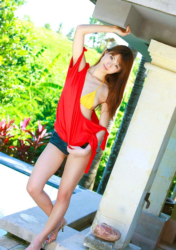 Bikini Model, Japanese Model, Saki Yamaguchi, Japanese Underwear-Model Saki Yamaguchi, Saki Yamaguchi Profile and Biography, Saki Yamaguchi Underwear pics