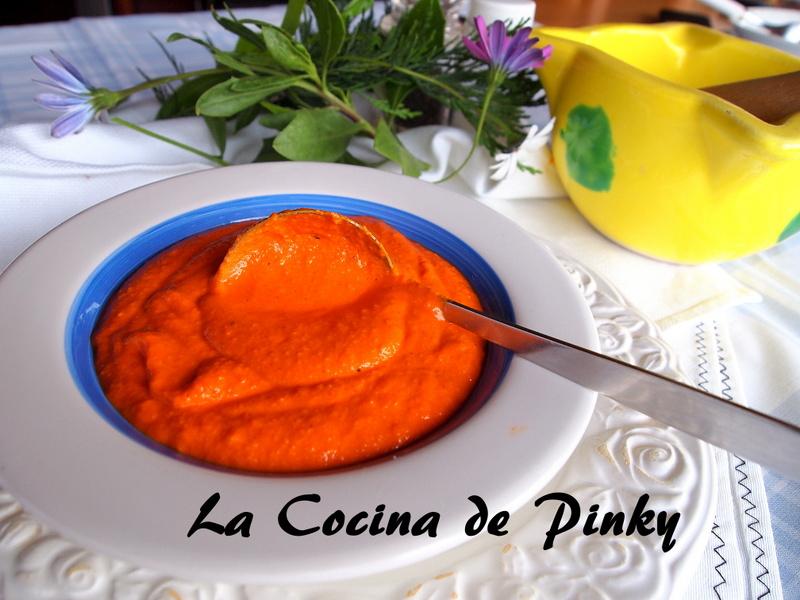 SALSA DE PIQUILLOS Y AVELLANAS  Salsa%2Bde%2Bpiquillos%2By%2Bavellanas%2B2