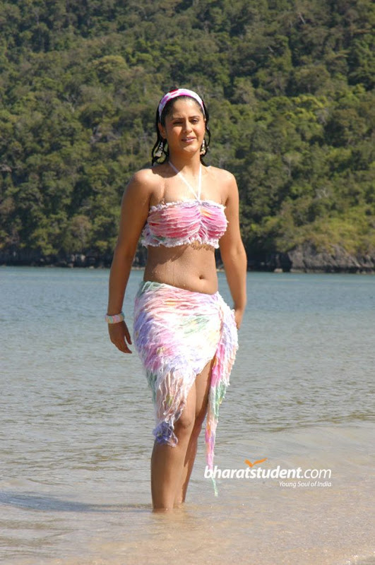 Tamil Actress Farzana Biography and Bathing Photos gallery pictures