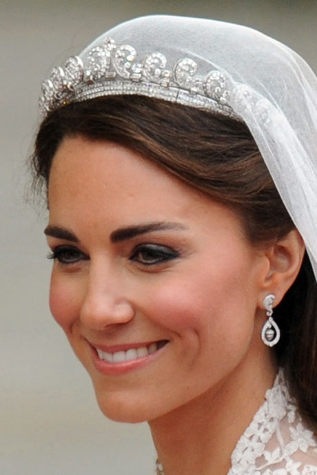 princess diana wedding tiara. kate middleton royal wedding
