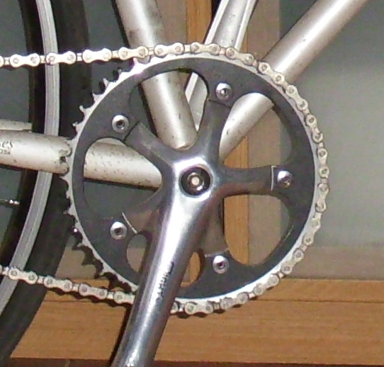 cyclista schwarzes kettenblatt abbeizen mit rohrfrei abflussreiniger. Black Bedroom Furniture Sets. Home Design Ideas