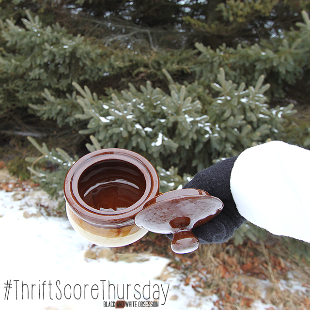 #thriftscorethursday turns one year old!! Week 48, Vintage Soup Crock with Lid | www.blackandwhiteobsession.com
