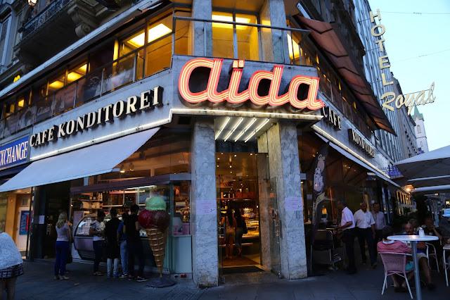 Cafe Aida, Vienna