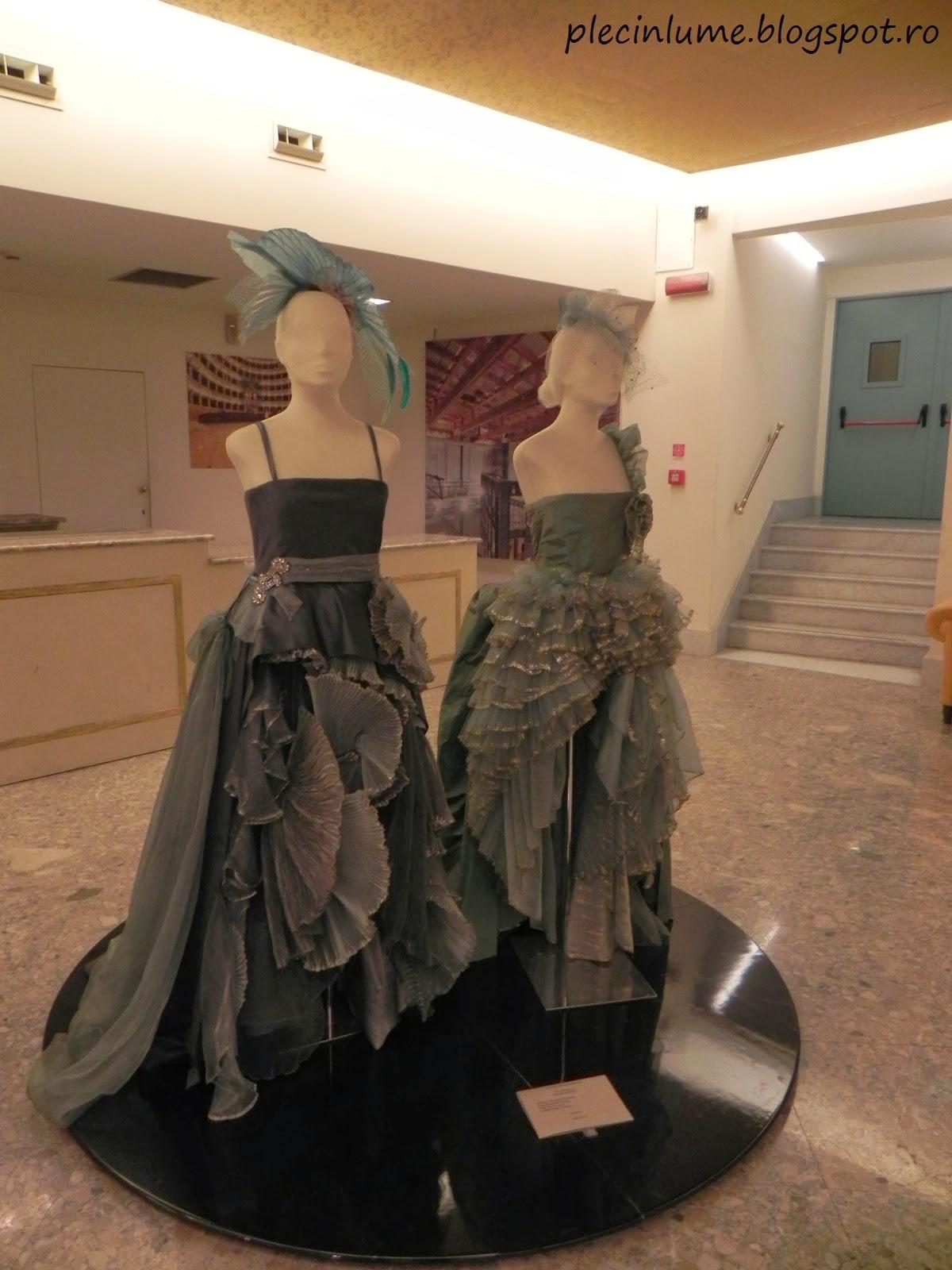 Costume folosite in teatrul San Carlo