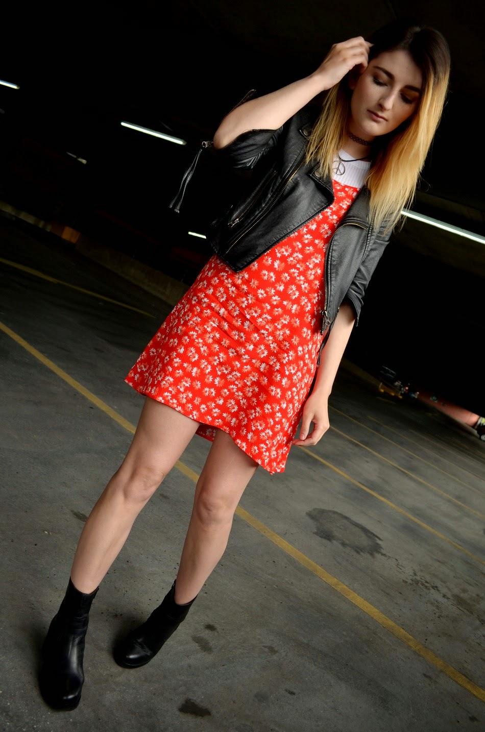 Αποτέλεσμα εικόνας για T-Shirt Slip Dress Combo