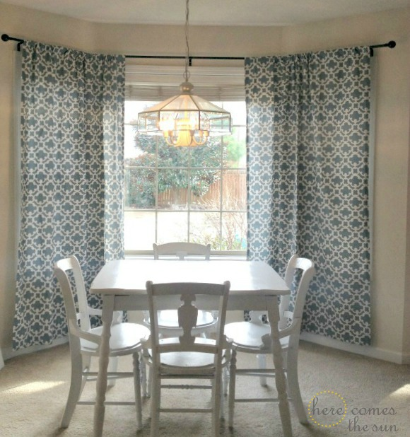 How to Decorate a Rental: Bold Curtains and a DIY Bay Window Curtain ...