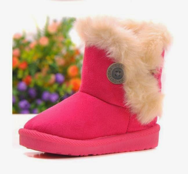 Gambar sepatu boot pink untuk anak perempuan
