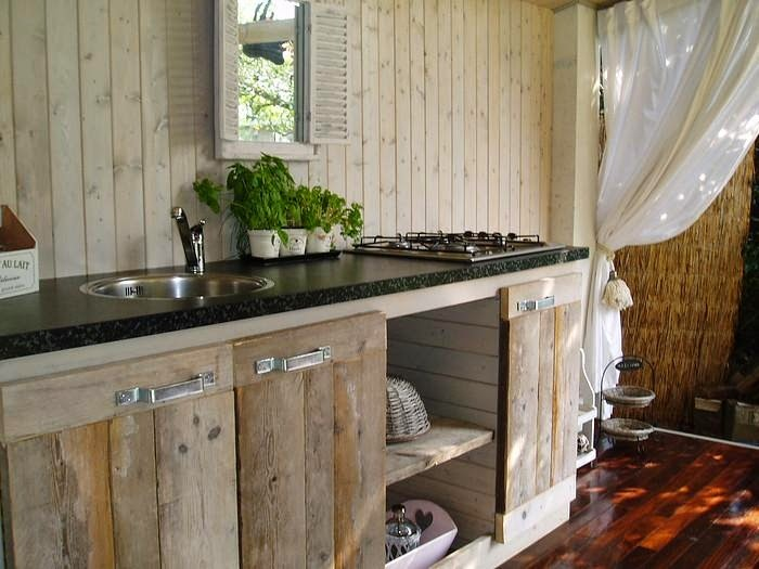 kitchen out door table