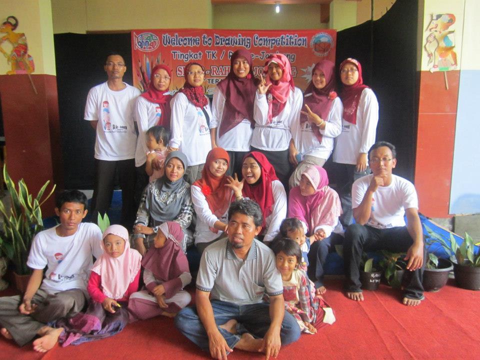 jajaran guru SD Ar-Rahman Jombang
