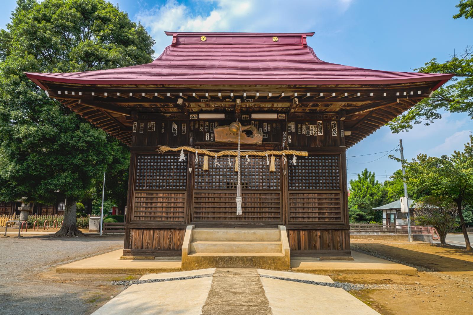 正福寺境内にある八坂神社の写真