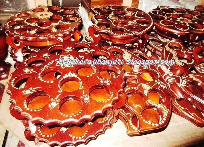 ... Tentang Kreasi Membuat Tempat Gelas Aqua Dari Kayu | CA House