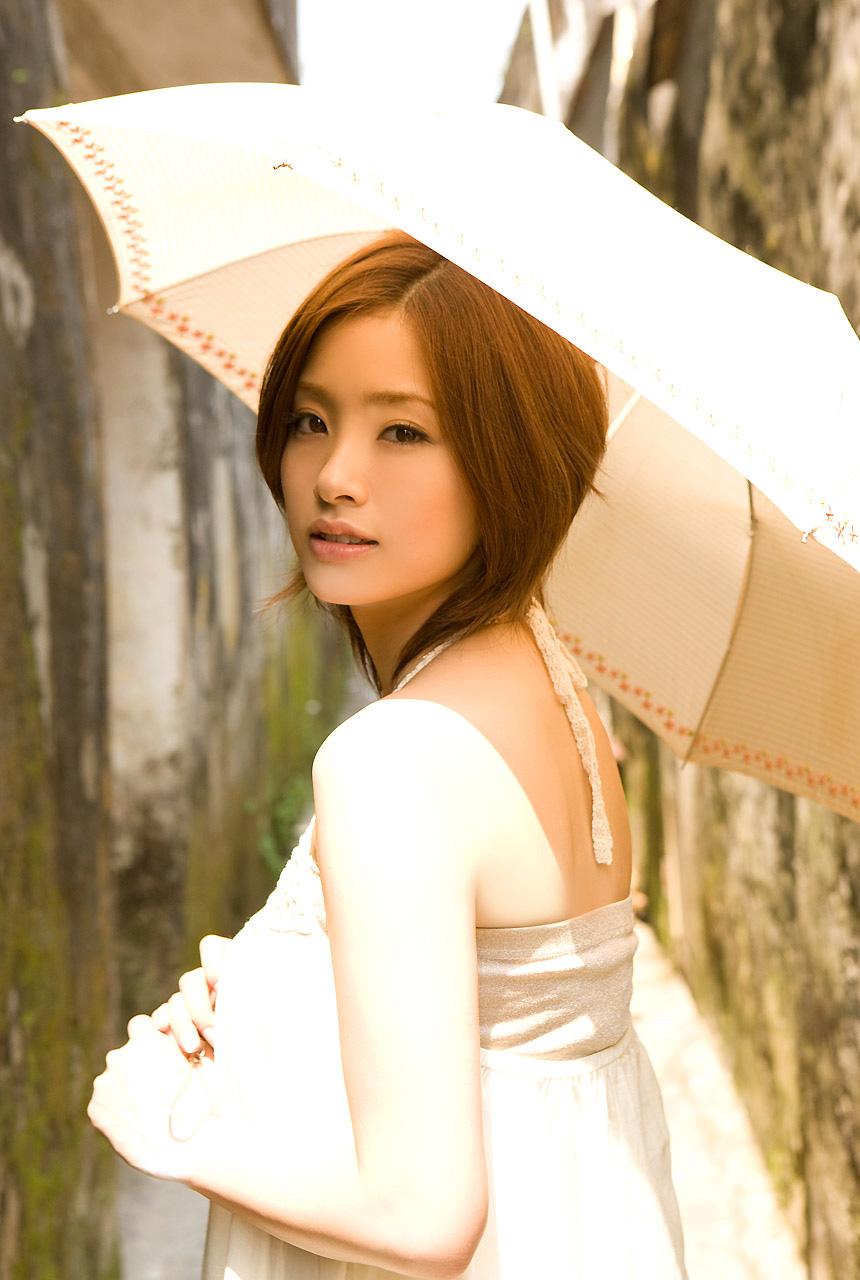 HOTWOOD ACTRESS: Aya ueto