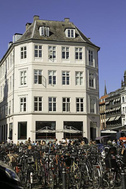 Amalie loves Denmark Strøget in Kopenhagen