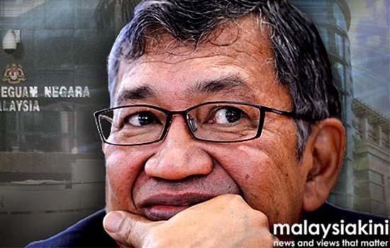 Tun Mahathir Persoal sijil sakit Gani Patail