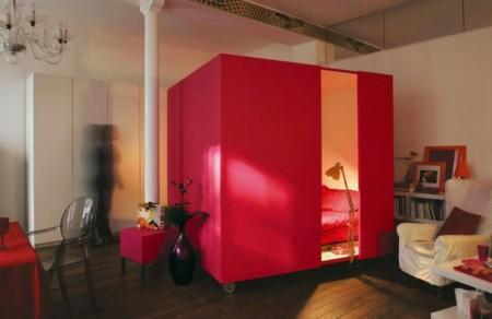 Kamar TIdur Unik Tempat Tidur Kubus Merah