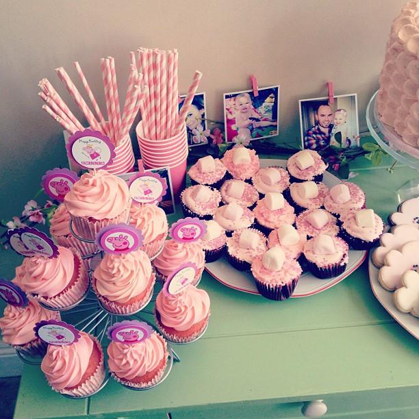 peppa pig birthday cake bunting 4 on peppa pig birthday cake bunting