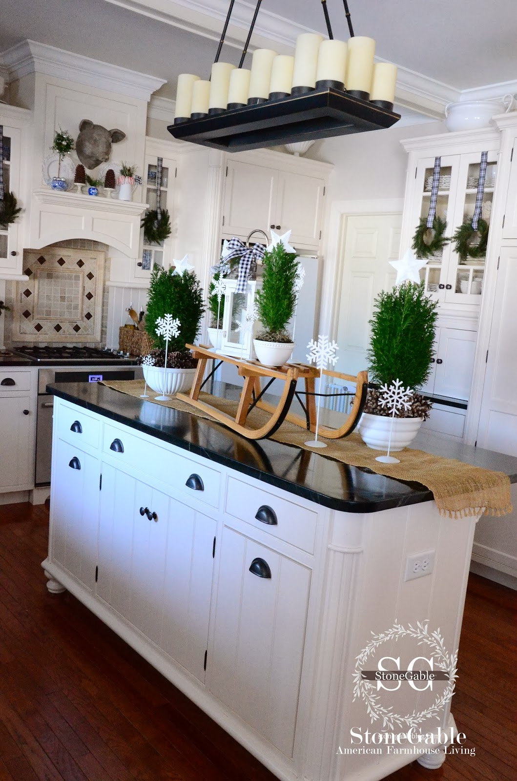 a farmhouse christmas - How To Decorate Your Kitchen Island For Christmas