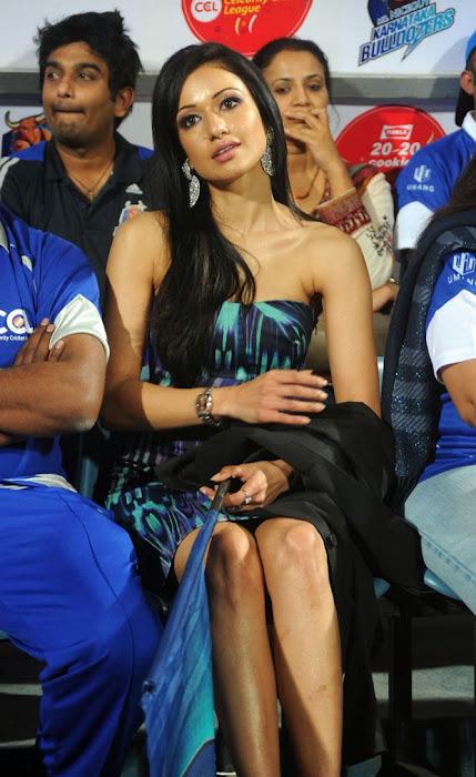 madhuri bhattacharya at ccl glamour  images