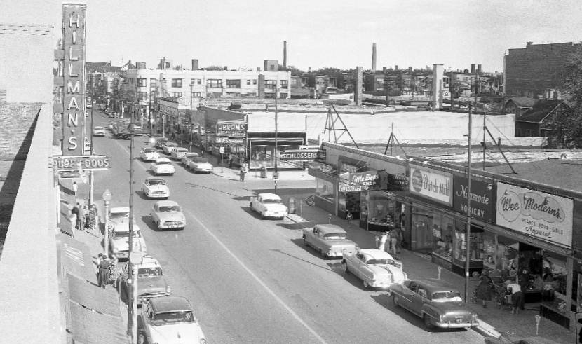 ... NEIGHBORHOOD - FROM ROOF OF NEW HILLMAN'S AT DEVON AND WESTERN - 1950s