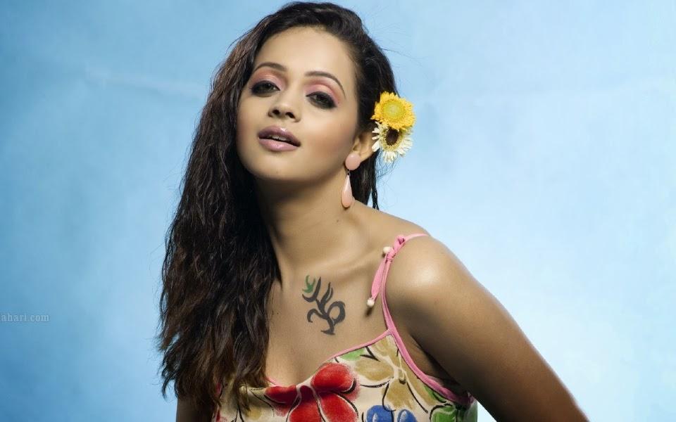 indian women models wallpapers - photo #18