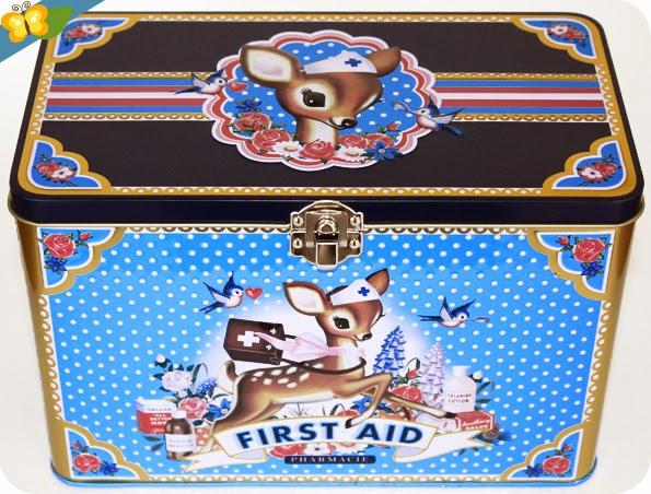 Boîte First Aid de la marque Wu & Wu