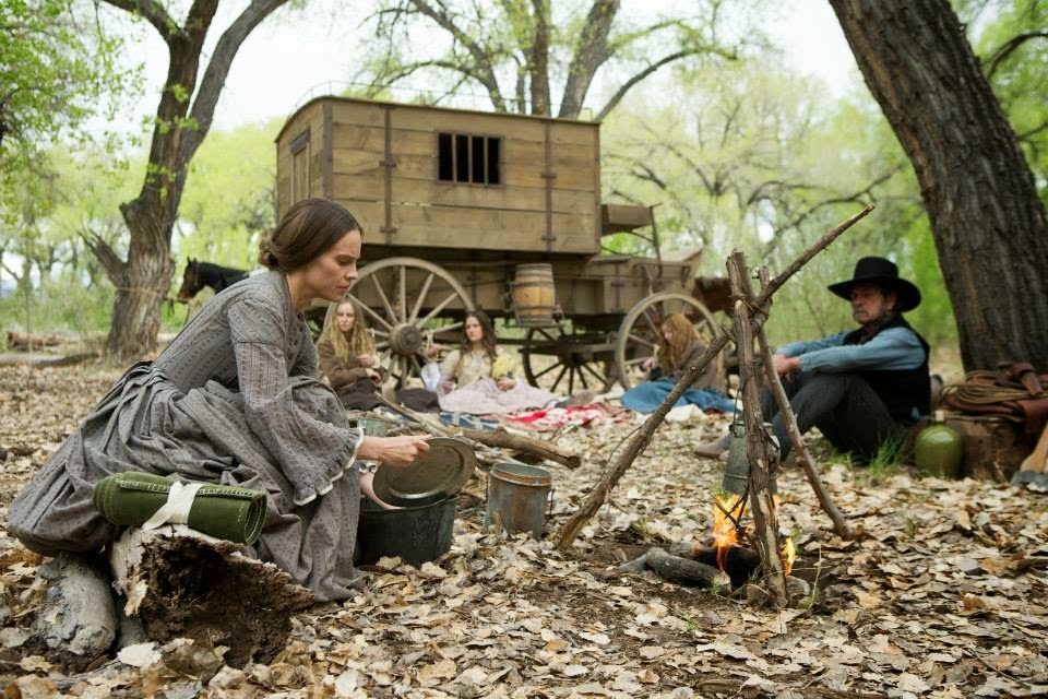 the homesman-hilary swank-sonja richter-grace gummer-miranda otto-tommy lee jones