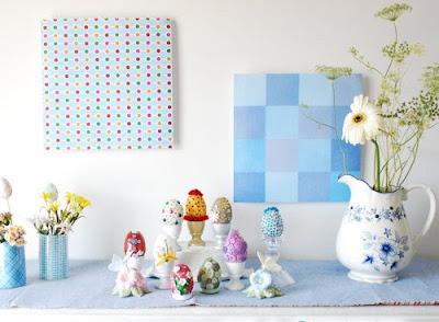 Achei essa decoração simples e romântica: ovos coloridos e flores ...