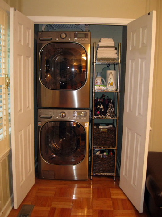 Iheart organizing reader spaces laundry mudroom entry - Laundry room for small spaces ...