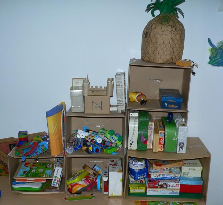Siempre hay una mano qu buscabas para dar conmigo iv - Cajas para organizar juguetes ...