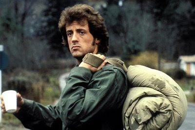 Fotograma de Stallone en Acorralado