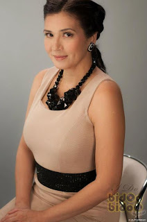 Zsa Zsa Padilla as Elaine Fuentebella in i Do Bidoo Bidoo