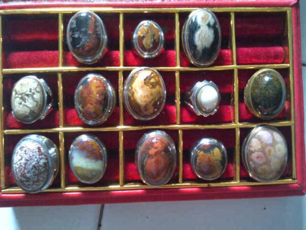 lelang batu cincin murah temen ane mau buka lelang batu cincin murah ...