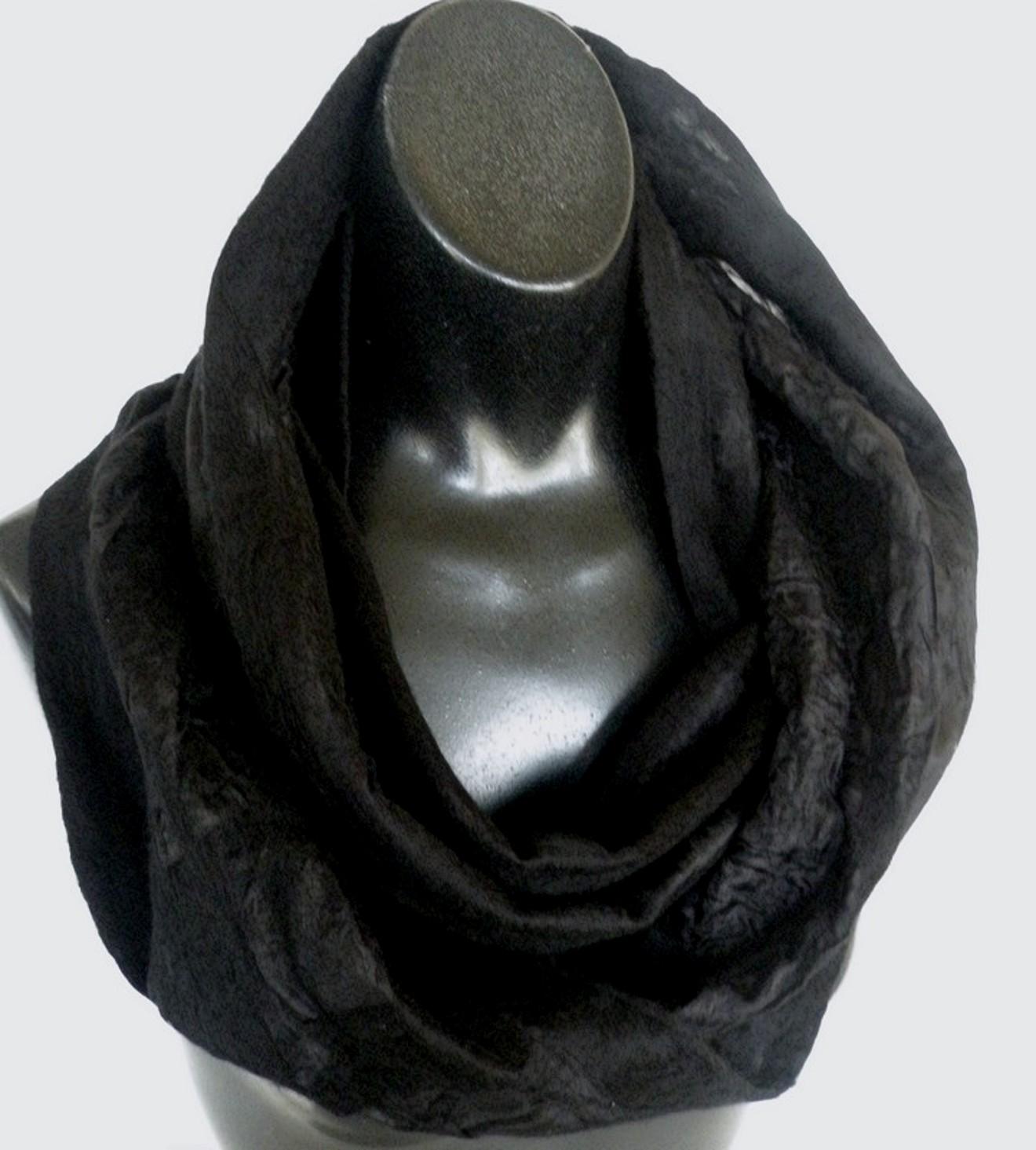 all black on Paj - best seller
