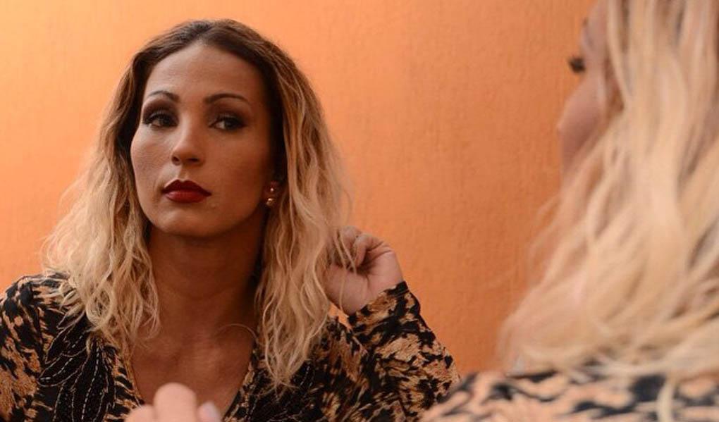 """Valesca lembra o início da carreira: """"Recebi latadas no palco"""""""