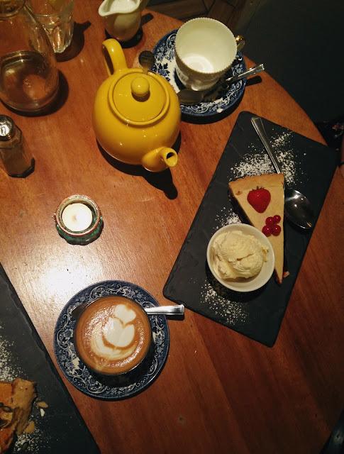 Dessert - Cherry Pie - Hendersons Vegan Edinburgh
