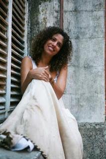 foto da cantora da MPB Núria Mallena