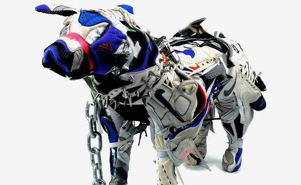 http://2.bp.blogspot.com/-Ba7ZpdrE68g/TzP5azEpH8I/AAAAAAAALVA/ykRDrXw4xcE/s1600/Nike-Dog-Sculptures-by-Vinti-Andrews-1.jpeg