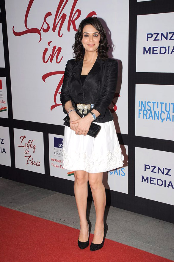 Preity zinta Latest images of film Isaq in Paris