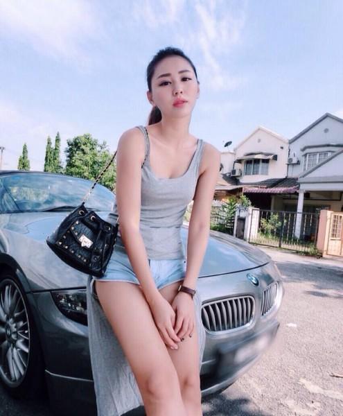 Pretty Asian Women: May Ho