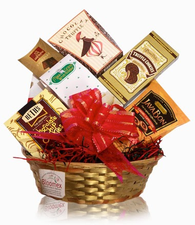 bloomex-sweet-memories_gift-basket
