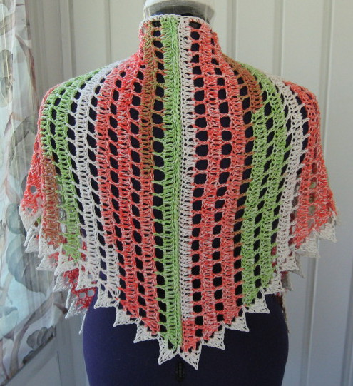 Simple Triangle Crochet Shawl Pattern : Simple Knits: Zipper Shawl to Crochet