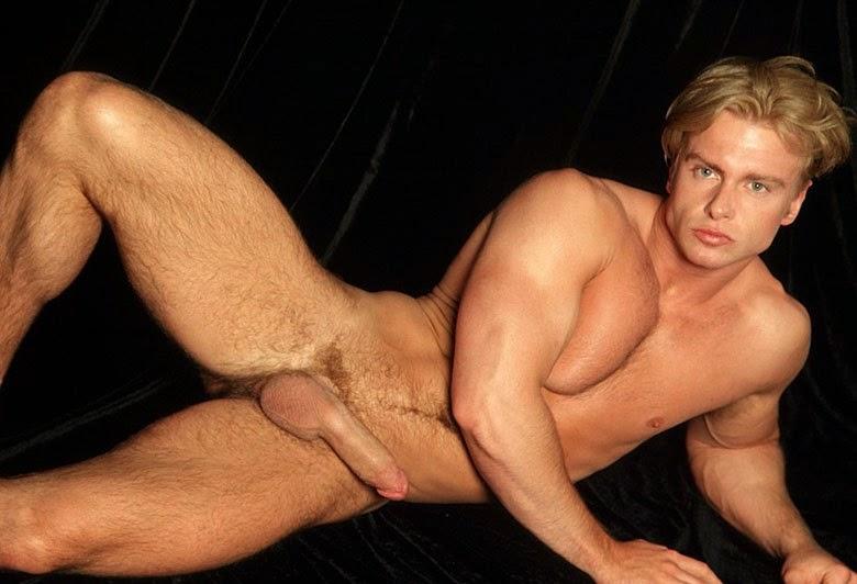 Celebrity Hunks Nude Photo 34