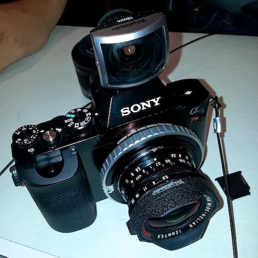 Sony A7rVoigtlander 12mm Viewfinder