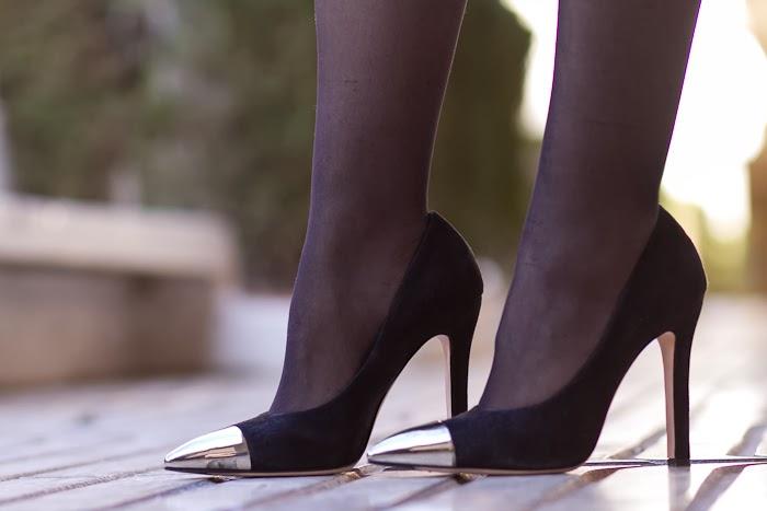 Zapato Salón con puntera metálica de Oxitaly