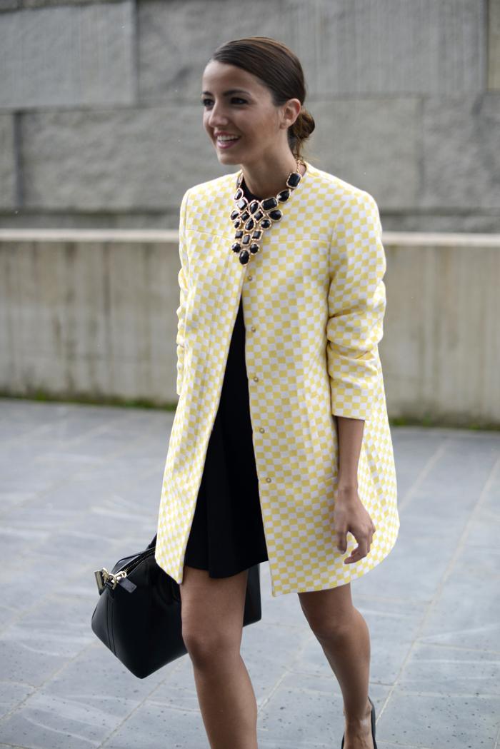22300a60ff10a La mejor opción para estos días son los abrigos de entretiempo. Elígelos en  colores vivos o en tonos pastel.