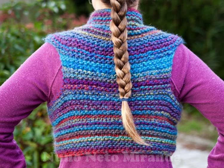 Inca Knitting Patterns : Days of Yarning: Inca Shrug - Colete Inca