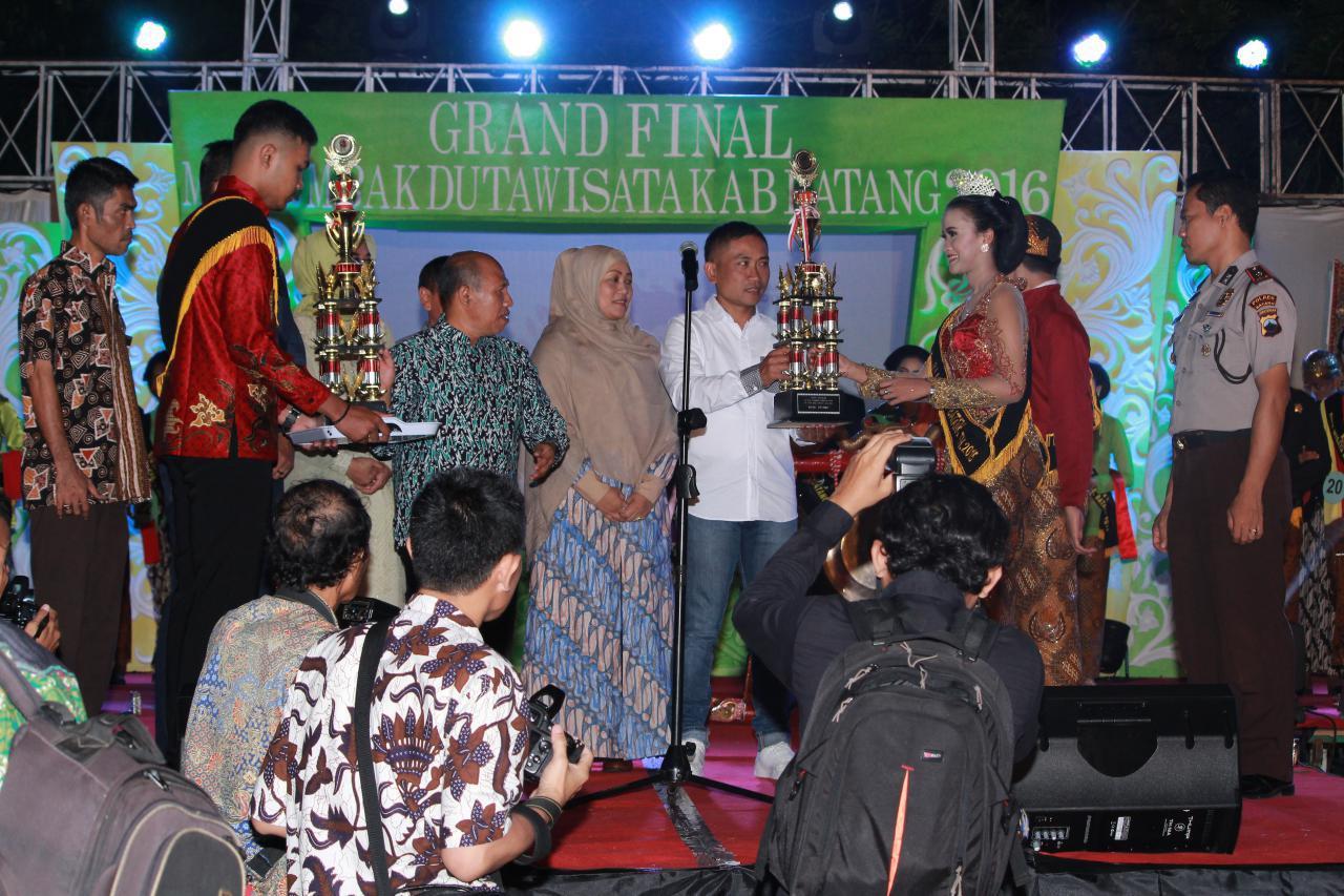 Image result for pemenang duta wisata kab batang 2016