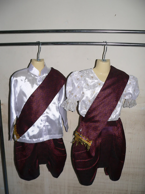 ชุดอาเซี่ยนประจำชาติกัมพูชาเด็กชายพร้อมผ้าสะไบ ผู้หญิงพร้อมผ้าสะไบมีไซน์SSSจนถึงไซน์XXL